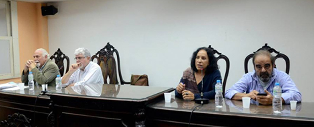 Debate sobre mídia&democracia
