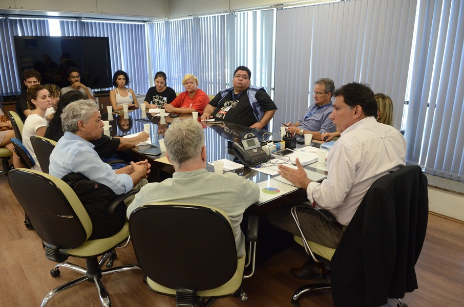 Reunião do Comando de Greve com Secretário de Saúde
